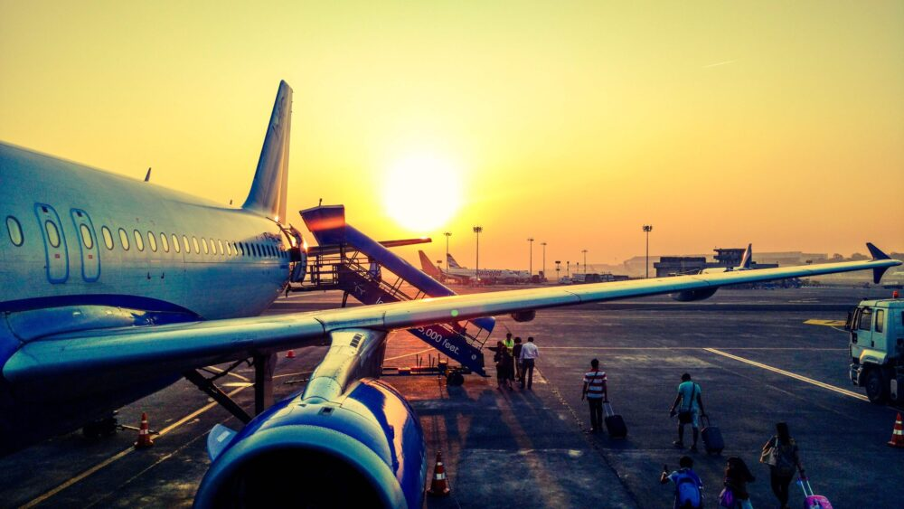 Best Airlines in the World & World Best Reliable Airlines